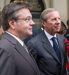 26.05.2014, OeVP Bundespartei, Wien, AUT, OeVP, Vorstandssitzung der OeVP Bundespartei. im Bild v.l.n.r. Landeshauptmann Tirol Guenther Platter und Landeshauptmann Salzburg Wilfried Haslauer // before board meeting of OeVP at federal party of OeVP in Vienna, Austria on 2014/05/26. EXPA Pictures © 2014, PhotoCredit: EXPA/ Michael Gruber