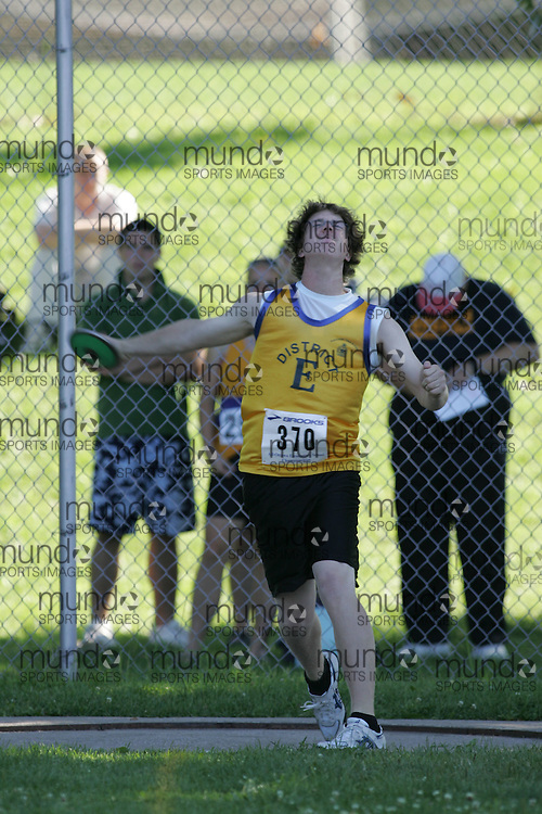 Pat Thompson competing in the discus at the 2007 Ontario Legion Track and Field Championships. The event was held in Ottawa on July 20 and 21.