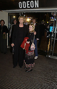 Dame Maggie Smith and Ella. World premiere of Harry Potter and the Goblet of Fire. Odeon Leicester Sq and afterwards at then Natural History Museum. London. 6 November 2005.  2005. ONE TIME USE ONLY - DO NOT ARCHIVE © Copyright Photograph by Dafydd Jones 66 Stockwell Park Rd. London SW9 0DA Tel 020 7733 0108 www.dafjones.com