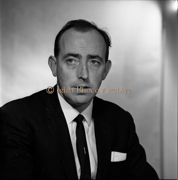 16/09/1968<br /> 09/16/1968<br /> 16 September 1968<br /> Piggybank Grocers at Lensmen studio. Pictured is M.A. Dowling, Crumlin Cross.