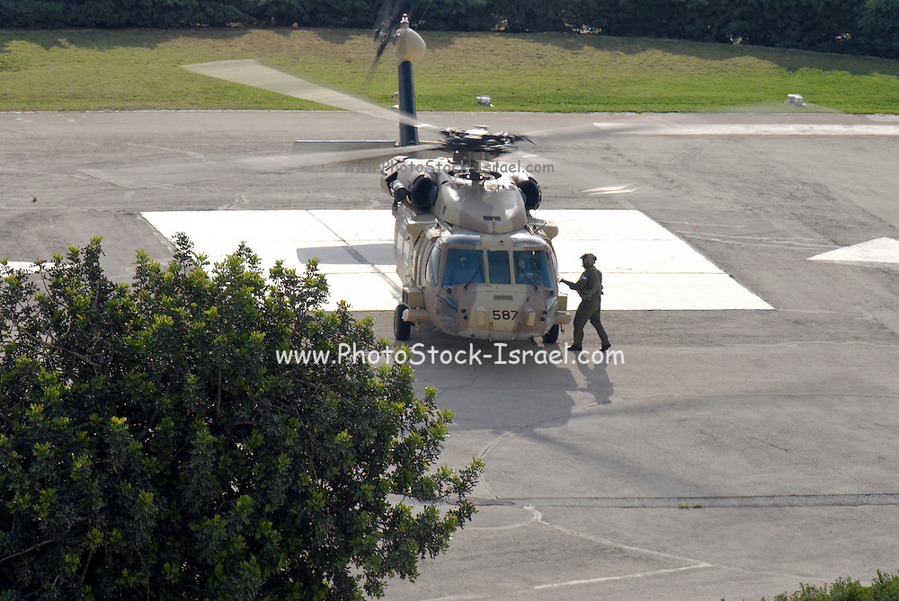 Israeli Air force Sikorsky CH-53E Yas'ur 2000 preparing for lift off - a set of 5 images