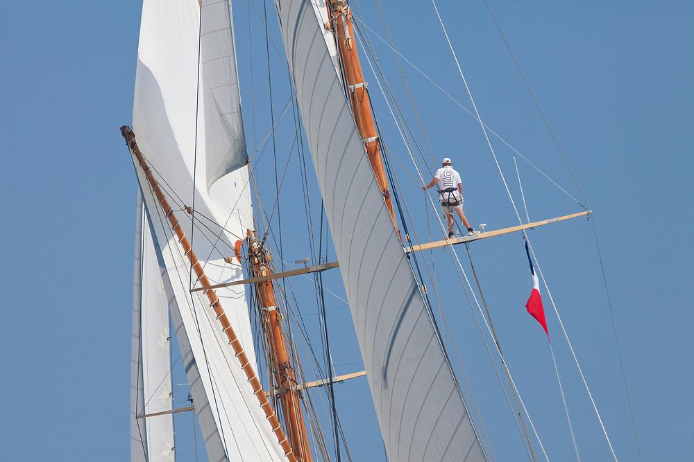 ELEONORA, Sail Number: 5, LOA: 41.55m, Year: 1910, Type: GOELETTE AURIQUE, Shipyard: VAN DER GRAAF, Architect: NATHANAEL HERRESHOFF<br /> Les Voiles de Saint-Tropez<br /> 2009