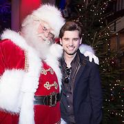 NLD/Hilversum /20131210 - Sky Radio Christmas Tree For Charity 2013, Ruud Feltkamp en de kerstman