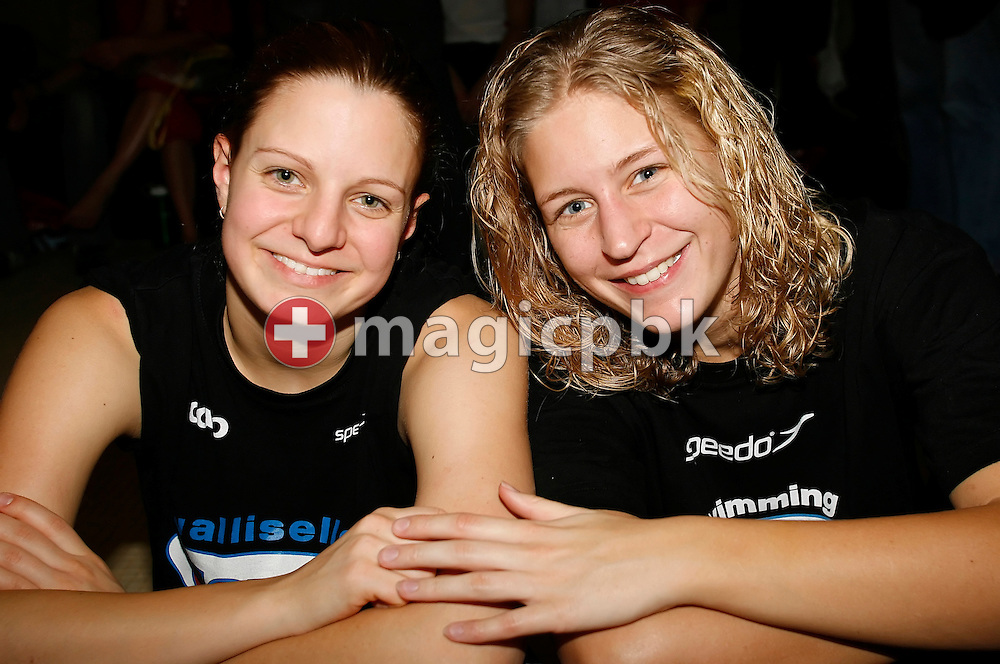 SCUW's Anja Spirig (L) and Kitty Zonderop (R) pose during day two at the Swiss Swimming Team Championships NLA at the Mon Repos Swimming Centre in Lausanne, Switzerland, Sunday, Feb. 5, 2006. (Photo by Patrick B. Kraemer / MAGICPBK)