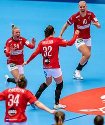 Mia Rej Bidstrup of Denmark, Mie Enggrob Hojlund of Denmark, Kathrine Heindahl of Denmark celebrate during the Women's EHF Euro 2020 match between Denmark and Sweden at Jyske Bank BOXEN on december 11, 2020 in Kolding, Denmark (Photo by RHF Agency/Ronald Hoogendoorn)