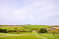 03-05-2018 The Point at Polzeath Golf Club, Wadebridge  Cornwall, Engeland<br /> <br /> The Point - Hole 10 met groot verval