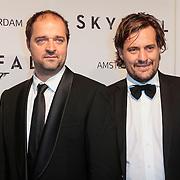 NLD/Amsterdam/20121028 - Inloop premiere nieuwe James Bond film Skyfall , Kees Boot en ??