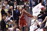DESCRIZIONE : Milano Lega A 2014-15 <br /> EA7 Olimpia Milano - Acea Virtus Roma <br /> GIOCATORE : Giorgio Armani MarShon Brooks <br /> CATEGORIA : esultanza post game mani <br /> SQUADRA : EA7 Olimpia Milano<br /> EVENTO : Campionato Lega A 2014-2015 <br /> GARA : EA7 Olimpia Milano - Acea Virtus Roma<br /> DATA : 12/04/2015<br /> SPORT : Pallacanestro <br /> AUTORE : Agenzia Ciamillo-Castoria/GiulioCiamillo<br /> Galleria : Lega Basket A 2014-2015  <br /> Fotonotizia : Milano Lega A 2014-15 EA7 Olimpia Milano - Acea Virtus Roma