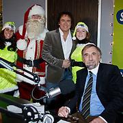 NLD/Naarden/20101206 - Marco Borsato start de kerst Top 50 bij Skyradio