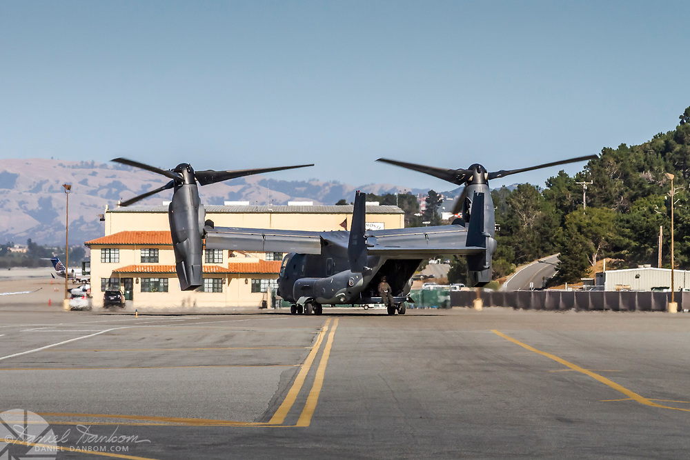 Bell-Boeing MV-22B Osprey, leaving MRY after refueling, taxing for take off.