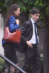 © Licensed to London News Pictures. 17/06/2019. London, UK. Conservative party leadership candidate RORY STEWART MP and his wife SHOSHANA CLARK are seen at the Houses of Parliament in London. Boris Johnson has cemented his position as favourite to become the next Prime Minster after winning a landslide in the first round of the conservative party's leadership race. Photo credit: Ben Cawthra/LNP