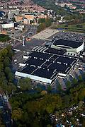 Nederland, Zuid-Holland, Rotterdam 19-09-2009; Rotterdam-Zuid, deelgemeente Charlois, Zuiderparkweg. Evenementenhal Ahoy, overdekt winkelcentrum Zuidplein in de achtergrond. Ahoy Rotterdam (voorheen Sportpaleis Ahoy'), accommodatie voor beurzen, (sport)evenementen, concerten, congressen .Rotterdam-Zuid district Charlois, Zuiderparkweg. Exhibition and event centre Ahoy, Zuidplein indoor shopping mall in the background..luchtfoto (toeslag), aerial photo (additional fee required).foto/photo Siebe Swart