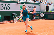 Simona Halep (rou) during the Roland Garros French Tennis Open 2018, day 11, on June 6, 2018, at the Roland Garros Stadium in Paris, France - Photo Pierre Charlier / ProSportsImages / DPPI