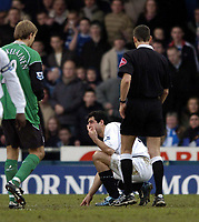 Fotball<br /> FA-cup 2005<br /> Oldham Athletic v Bolton Wanderers<br /> 30. januar 2005<br /> Foto: Digitalsport<br /> NORWAY ONLY<br /> Bolton's Tal Ben Haim is back to old ways as he clatters to the ground following minimal if any contact from Oldham's Kevin Betsy