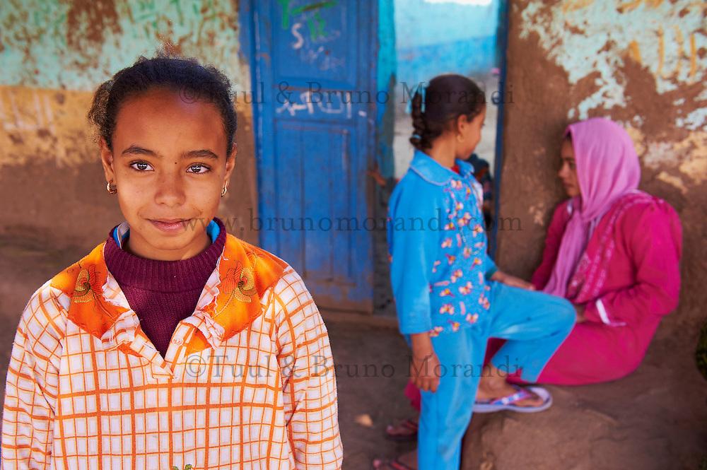 Egypte, Haute Egypte, croisiere sur le Nil entre Louxor et Assouan, villlage de Ramadi // Egypt, cruise on the Nile river between Luxor and Aswan, Ramadi village