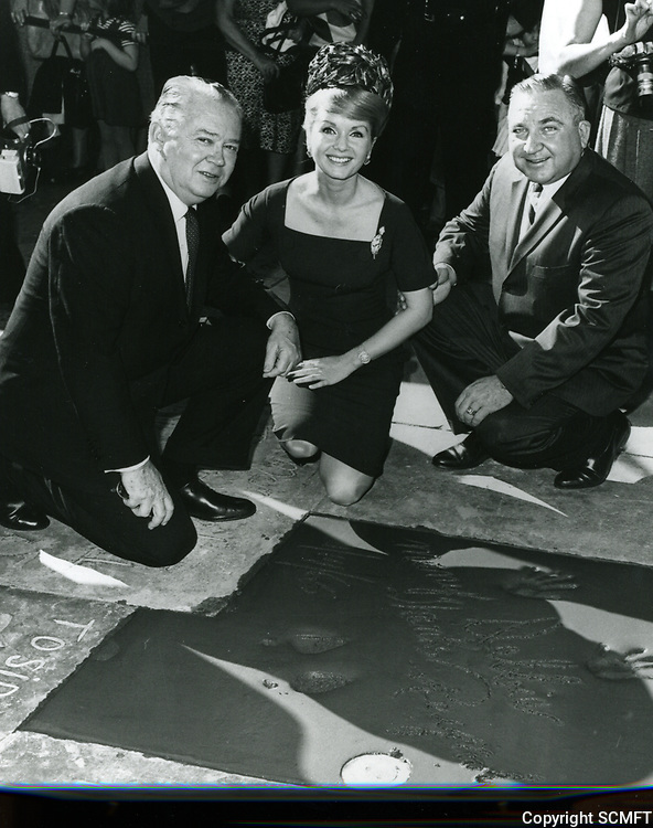 1965 Debbie Reynolds' hand and footprint ceremony at the Chinese Theater
