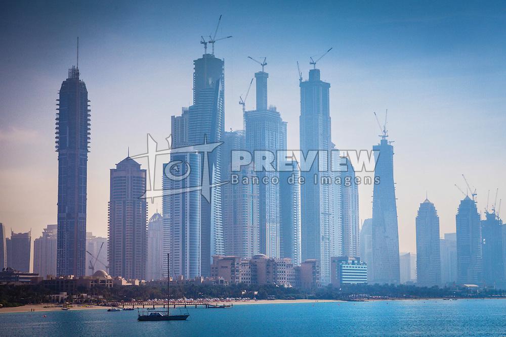 Dubai (em árabe: دبيّ, Dubayy)é uma cidade-Emirado localizada nos Emirados Arabes Unidos. O Emirado de Dubai está localizado na costa do Golfo Arábico-Pérsico sendo um dos sete emirados que compõe o país. Dubai é o emirado mais populoso entre os sete emirados com aproximadamente 2 262 000 habitantes. FOTO: Jefferson Bernardes/Preview.com