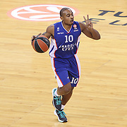 Anadolu Efes's Dontaye Draper during their Turkish Airlines Euroleague Basketball Top 16 Round 3 match Anadolu Efes between CSKA Moscow at Abdi ipekci arena in Istanbul, Turkey, Thursday 15, 2015. Photo by Aykut AKICI/TURKPIX