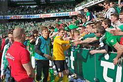 04.05.2013, Weserstadion, Bremen, GER, 1. FBL, SV Werder Bremen vs TSG 1899 Hoffenheim, 32. Runde, im Bild Sebastian Mielitz (SV Werder Bremen #1) nach dem Abpfiff in der Fankurve // during the German Bundesliga 32nd round match between the clubs SV Werder Bremen vs TSG 1899 Hoffenheim at the Weserstadion, Bremen, Germany on 2013/05/04. EXPA Pictures © 2013, PhotoCredit: EXPA/ Andreas Gumz ***** ATTENTION - OUT OF GER *****