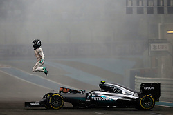 Rennen des Grand Prix von Abu Dhabi auf dem Yas Marina Circuit / 271116<br /> <br /> Second placed Nico Rosberg (GER) Mercedes AMG F1 W07 Hybrid celebrates winning the World Championship at the end of the race.<br /> 27.11.2016. Formula 1 World Championship, Rd 21, Abu Dhabi Grand Prix, Yas Marina Circuit, Abu Dhabi, Race Day.<br /> - www.xpbimages.com, EMail: requests@xpbimages.com - copy of publication required for printed pictures. Every used picture is fee-liable. © Copyright: Moy / XPB Images