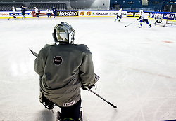 Matija Pintaric of Slovenia during practice session of Team Slovenia at the 2017 IIHF Men's World Championship, on May 11, 2017 in AccorHotels Arena in Paris, France. Photo by Vid Ponikvar / Sportida