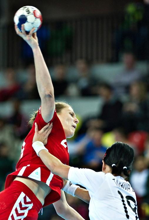 London Handball Cup - Slovakia vs Poland - Alina Wojtas (POL), Alzbeta Tothova (SVK)