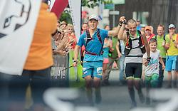 25.07.2015, Salzburger Platz, Kaprun, AUT, Grossglockner Ultra Trail, 110 km Berglauf, im Bild die beiden Sieger v.l.: Klaus Goesweiner und Markus Amon aus Österreich // the two Winnners f.l.: Klaus Goesweiner und Markus Amon of Austria Trail Run from Kaprun via Kals arround the Grossglockner to Kaprun, at the Salzburger Platz, Kaprun, Austria on 2015/07/25. EXPA Pictures © 2015, PhotoCredit: EXPA/ JFK