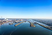 Nederland, Noord-Holland, IJmuiden, 11-12-2013; ingang Noordzeekanaal  met sluizencomplex, van rechts naar links: Zuidersluis, Middensluis, Noordersluis en de Spuisluis, Tata Steel (voorheen Corus, Hoogovens). Noordzeekanaal  in de achtergrond.<br /> Entrance  Noorzee-channel with locks and Tata Steel in the background.<br /> luchtfoto (toeslag op standaard tarieven);<br /> aerial photo (additional fee required);<br /> copyright foto/photo Siebe Swart.
