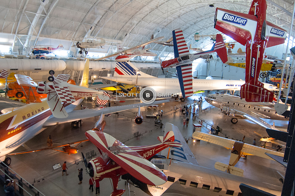 Complete aircraft on display at the hanger style facility adjacent to Dulles Airport, Virginia.