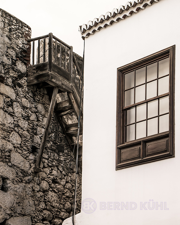 Window with Walls and Staircase - La Palma, Spain 2016