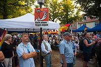 DEU, Deutschland, Germany, Königs Wusterhausen, 30.08.2019: AfD-Parteianhänger, hier mehrheitlich ältere Männer, bei einer Wahlkampfveranstaltung der Partei Alternative für Deutschland (AfD).