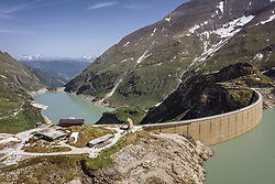 THEMENBILD - der Stausee Wasserfallboden und der Stausee Mooserboden, aufgenommen am 14. Juni 2019 in Kaprun, Österreich // the reservoir Wasserfallboden and the reservoir Mooserboden, Kaprun, Austria on 2018/06/14. EXPA Pictures © 2018, PhotoCredit: EXPA/ JFK