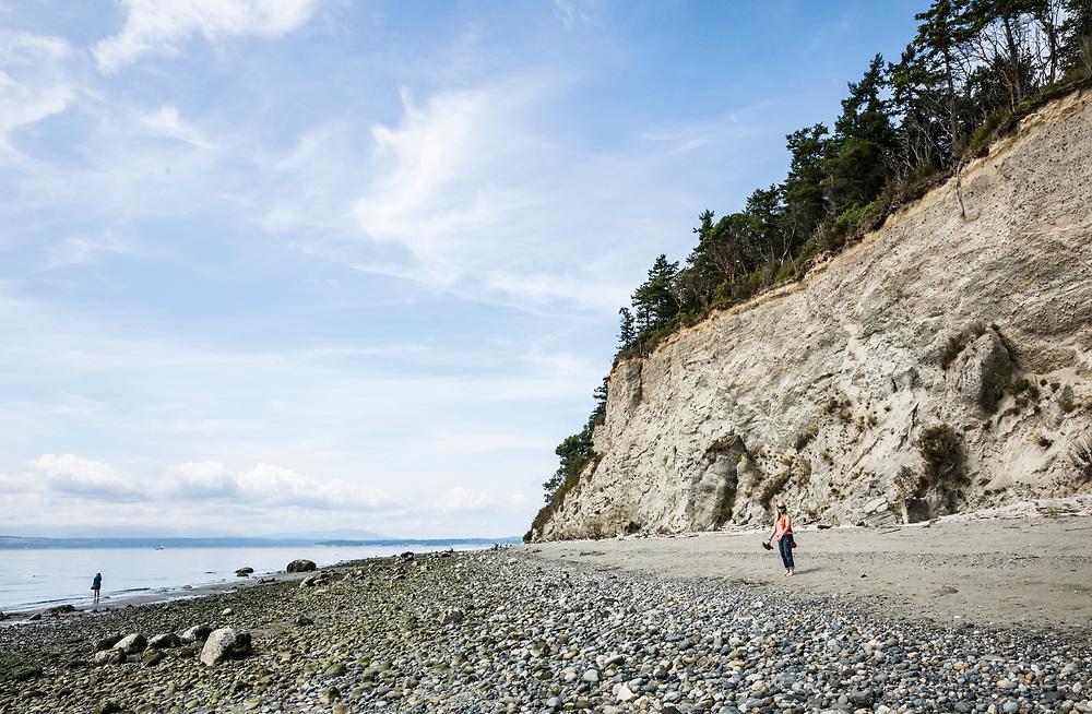 The beach and bluffs at Mutiny Bay, Whidbey Island, Washington, USA.