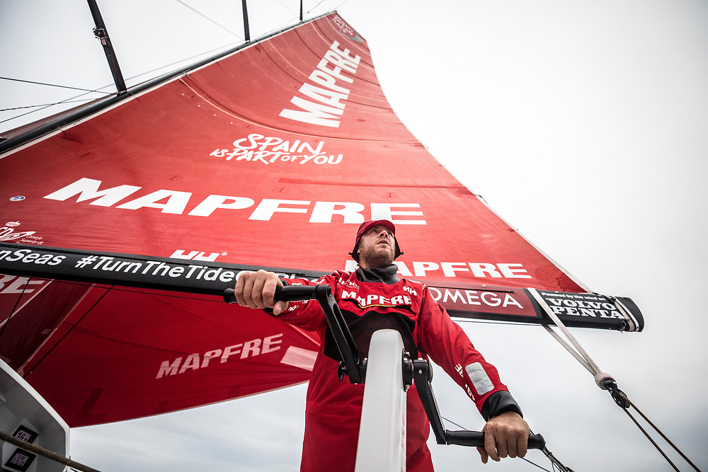 Leg 02, Lisbon to Cape Town, day 18, on board MAPFRE, Antonio Cuervas-Mons at the second pedestal. Photo by Ugo Fonolla/Volvo Ocean Race. 22 November, 2017