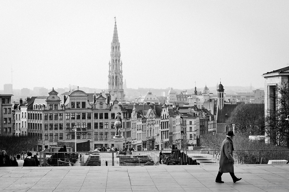 View of the city and the Town Hall from the stairs of Kunstberg or Mont des Arts, Place de l'Albertine, Brussels, Belgium, Europe