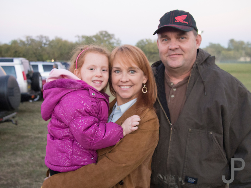 Family outing to halloween pumpkin patch and corn maze in Shawnee, OK
