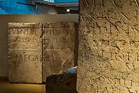 Lemusee gallo-romain de Lyona ete construit pres des theatres romains, sur la colline deFourviere, situee autrefois au cœur de la cite romaine de Lugdunum. <br /> Capitale de la province Lyonnaise, c etait une cite gallo-romaine importante et prospere qui a laisse de nombreux vestiges.<br /> Le musee actuel, construit par l architecteBernard Zehrfussa ete inaugure en 1975. Le batiment est inscrit en bordure du site antique, enterre sous la colline de fourviere.Les deux monuments majeurs de la cite : le theatre et l odeon, sont desormais integres au secteur classePatrimoine Mondialpar l UNESCO.A l interieur, on y accede par une rampe en beton brut descendant en spirale et se ramifiant vers des paliers destines a l exposition des collections du musée.<br /> Ce musee reçoit a peu pres 100 000 visiteurs par an.