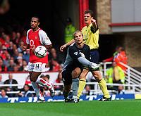 Fotball. Premier League. 21.09.2002.<br /> Arsenal v Bolton.<br /> Jussi Jaaskelainen, Bolton.<br /> Foto: David Price, Digitalsport