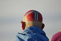 Langrenn, 22. november 2003, verdenscup Beitostølen, illustrasjon, norske flagget, flagg, tilskuer, malt flagg på hodet