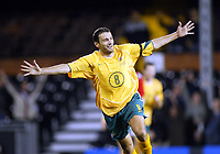 Fotball<br /> Privatlandskamp<br /> Australia v Norge<br /> Craven Cottage - London<br /> 16. november 2004<br /> Foto: Digitalsport<br /> NORWAY ONLY<br /> Australia's Josip Skoko celebrates his goal
