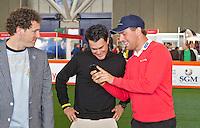 AMSTERDAM - Presentator Marcel Maijer, Inder van Weerelt en Floris de Vries.Golfbeurs , Amsterdam Golf Show, in de Amsterdamse Rai. COPYRIGHT KOEN SUYK