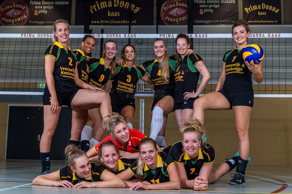 10-09-2018 NED: Team PDK Huizen season 2018-2019, Huizen<br /> The players of Top Division club vv Huizen women season 2018-2019 / Team PDK Huizen