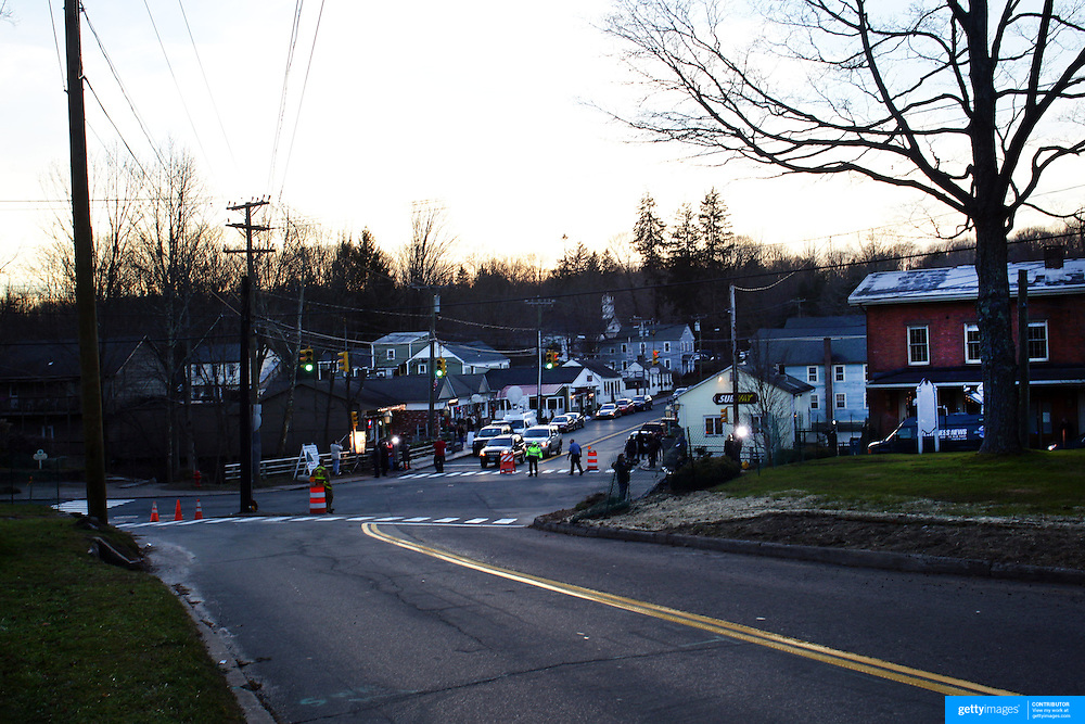 The small town of Sandy Hook after today's shootings at Sandy Hook Elementary School, Newtown, Connecticut, USA. 14th December 2012. Photo Tim Clayton