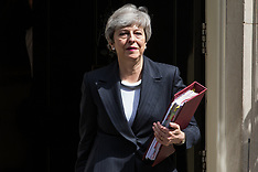 2019-05-22 Theresa May leaves for PMQs