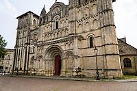 France, Bordeaux. Église Sainte-Croix (Church of the Holy Cross).