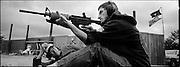 Cours de tir pour tous au offert à coût minime avec le projet Appleseed. Dans la certitude que tous devraient connaître le maniement d'une arme à feu, ce programme offre aux gens de 10 à 90 ans des cours de tir. Georgie, USA.