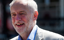 © Licensed to London News Pictures. 10/06/2017. London, UK. Leader of the Labour Party JEREMY CORBYN leaves his London home. The Labour party made significant gains earlier this week in a general election The Conservative Party were expected to win comfortably. Photo credit: Ben Cawthra/LNP