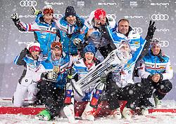 08.01.2019, Hermann Maier Weltcupstrecke, Flachau, AUT, FIS Weltcup Ski Alpin, Slalom, Damen, Siegerehrung, im Bild Petra Vlhova (SVK, 1. Platz) mit Team // race winner Petra Vlhova of Slovakia with team during the winner Ceremony for the ladie's Slalom of FIS Ski Alpine World Cup at the Hermann Maier Weltcupstrecke in Flachau, Austria on 2019/01/08. EXPA Pictures © 2019, PhotoCredit: EXPA/ Johann Groder