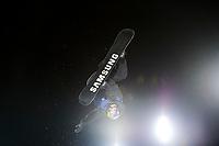 Snowboard , X-Games Oslo <br /> 26. Februar 2016  , 20160226<br /> Snowboard, Half Pipe, Wyller, X-Games <br /> David Habluetzel i lufta underveis i mennens finale <br /> Foto: Sjur Stølen / Digitalsport