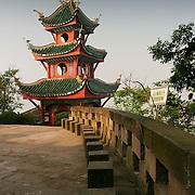 Pagoda terrace, Shibaozhai, China (May 2004)